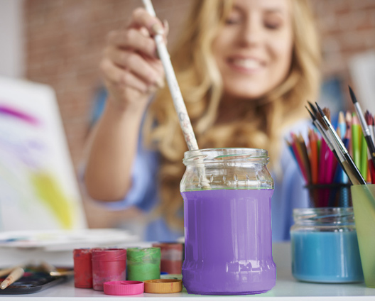 woman painting therapy for regaining control